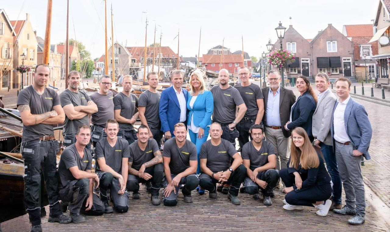 Multi Kozijn - Showroom team 2019 - compleet over Multi Kozijn